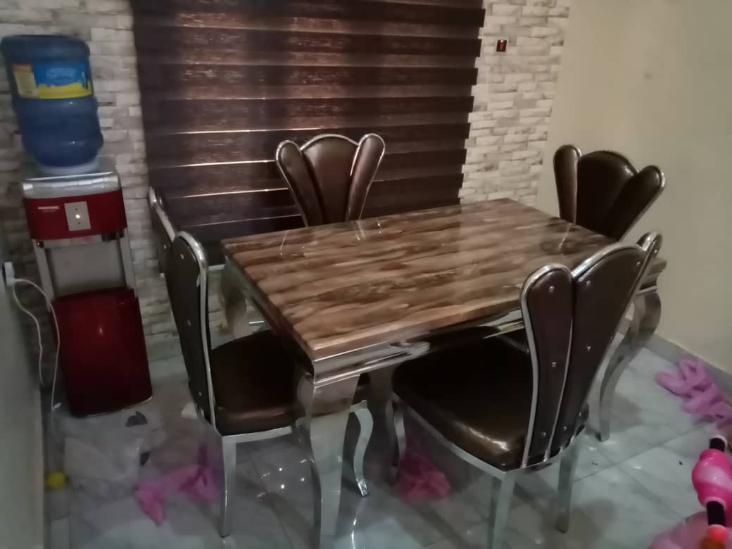 4 Seater Marble Dining Set