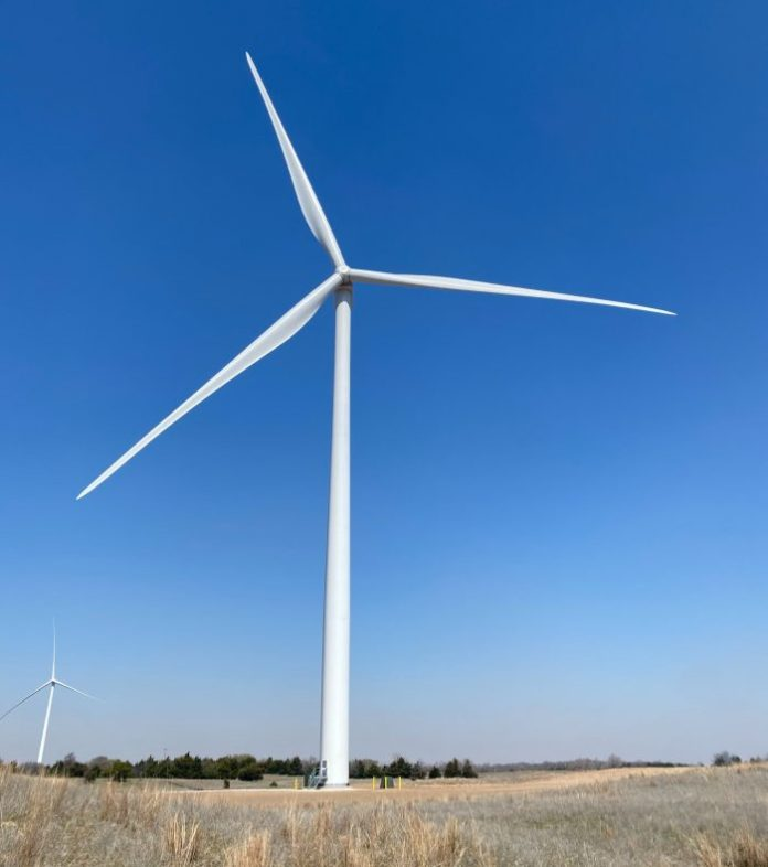 a picture of a wind turbine in Oklahoma