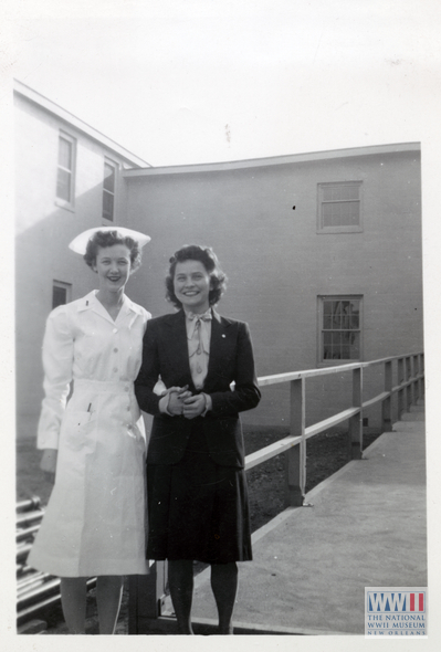 Nurse and civilian woman in the United States in the early