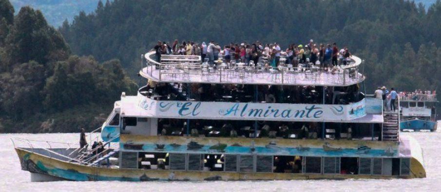 Tragjedi në Kolumbi  mbytet anija me turistë
