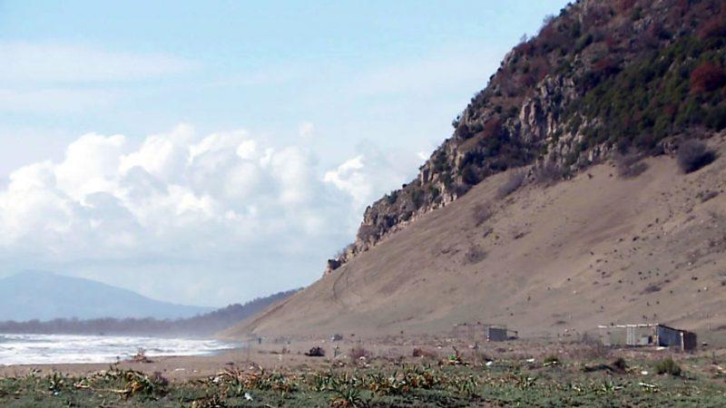 Rana   arë dhe pemëtari  grabitja e tokave në bregdet  hetohet edhe për Kune Vain