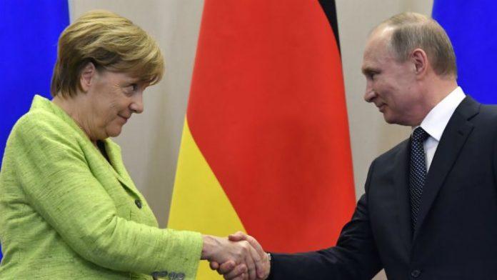 GJERMANI   Merkel përshëndet presidentin Putin për fitoren dhe i kërkon dialog