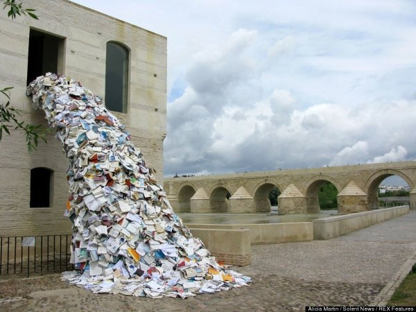Art Sculpture Design Street Books Installation Spain Alicia Martin Galleria Galica Asylum-art