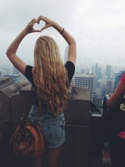 girl hands nyc city heart blonde