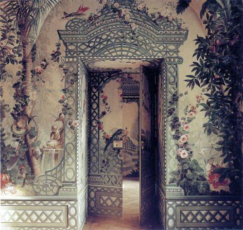 centuriesbehind:</p><br /><br /> <p>Schönbrunn Palace, Vienna, Austria. Marie Antoinette's childhood home.<br /><br /><br />