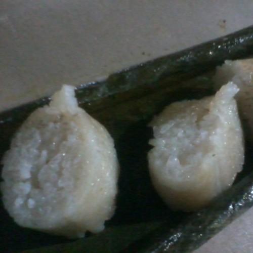 Soft, enough 'lemak', not overcooked, not chewy or hard. Yummy! #elliecleffairy #instafood #raya #hariraya #malaysianfood #traditionalfood #malaydelicacy