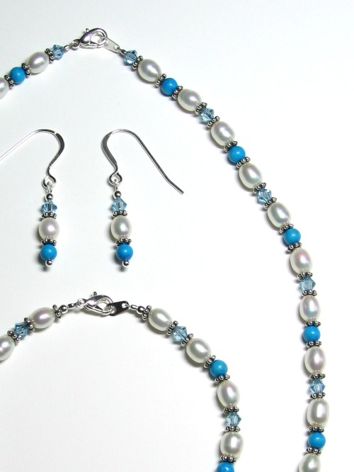 Turquoise, pearl, and crystal jewelry set