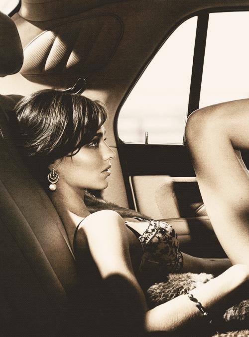 7/100 snapshots of Miranda Kerr.
