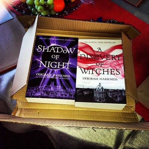 Huge fan of this package and review books! :3 #headline #adiscoveryofwitches #books #bookstagram #bookbridgr #myposts