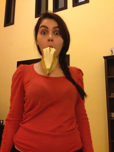 Valentina loves bananas