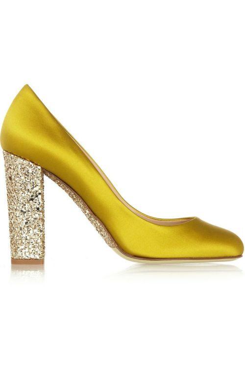 dustjacketattic:</p> <p>glitter-embellished satin pumps<br />