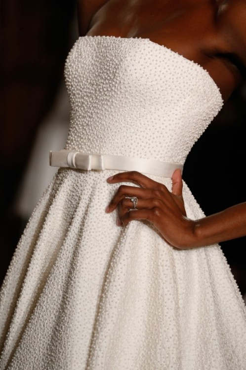 lillyunique:</p> <p>helloweddingdiary:</p> <p>Romona Keveza Spring 2014 </p> <p>//