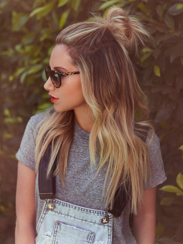 Sunglasses: Barton Perreira<br /><br /> Hair styled by: @msmorganashley<br /><br /> Shot by: @eliastahan