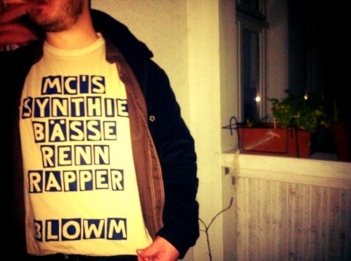BLOWM - t-shirt junkie