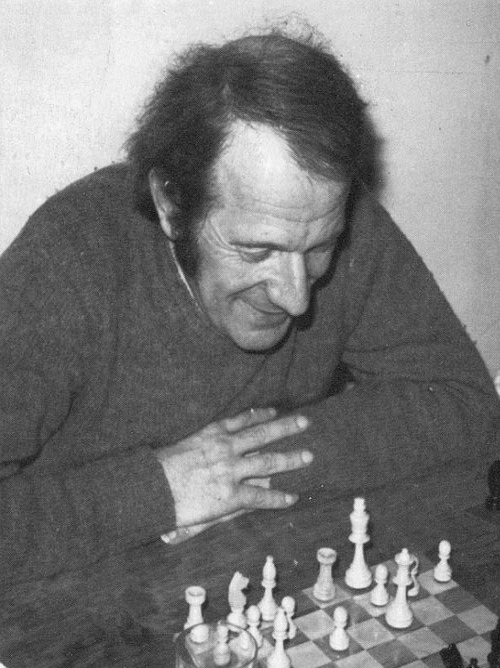 Gilles Deleuze playing chess