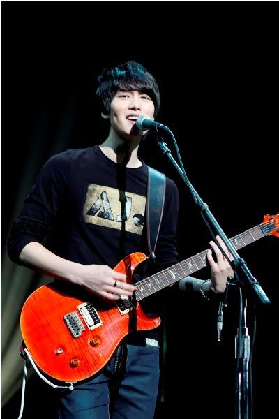 [281010] CN Blue - Jonghyun @ 1st Official Fanclub Event - Welcome to  Boice Japan(More…)