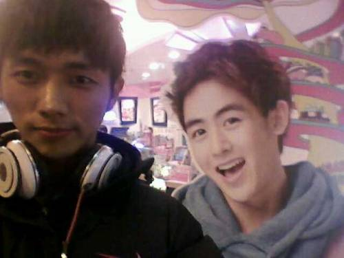 110103 Khun's Twitter  And went for some ice-cream with @2AMONG after cheese ramyun! Yummmm it was goood!