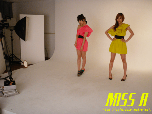 110125 [Official] miss A  애니버셔리 광고 촬영현장 : 모델포스 민, 페이~! Anniversary advertisement shoot : Model pose Min, Fei~!