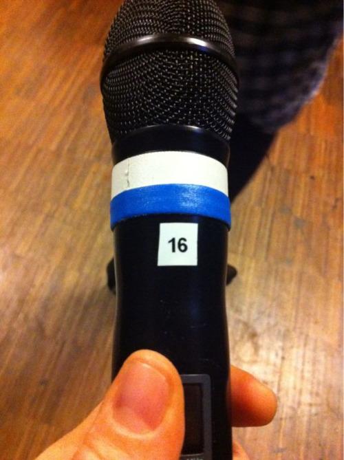 Il microfono che mi è stato assegnato dalla prima sera.