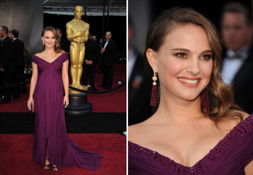bohemea:</p> <p>Natalie Portman - Oscars, February 27th 2011<br /> Stunning! Perfect shade, perfect cut, I'm smitten!<br /> designer: Rodarte<br />