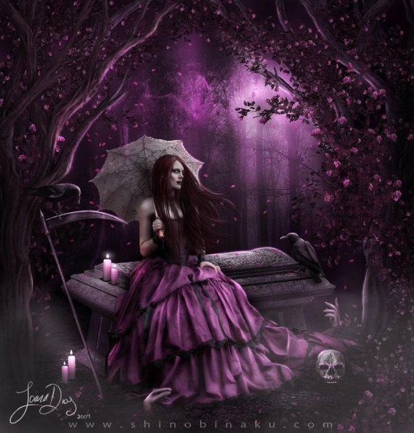 Madame Moon' Gothic