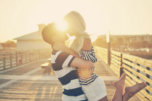 kissing in the sun