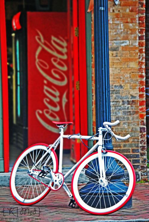 katrinleeana:</p> <p>Savanah, Georgia</p> <p>I could never do this to my bike :X