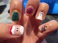 christmas nail art on Tumblr