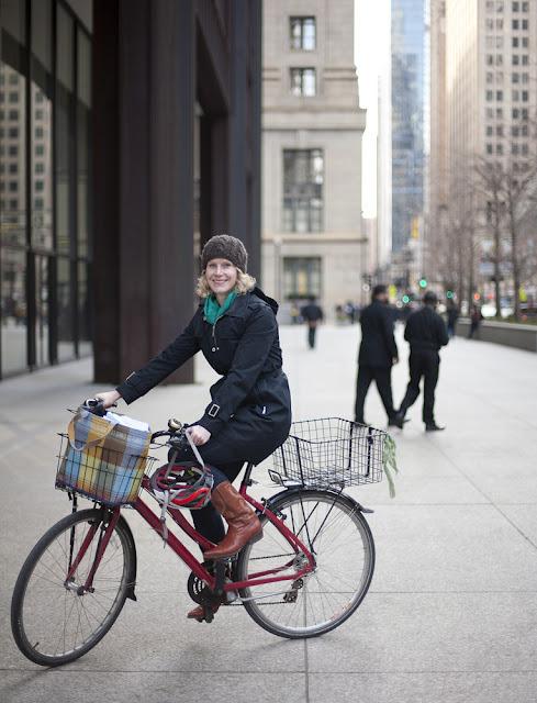 (via Bike Fancy: Marya, N Clark St & W Randolph St, Chicago, IL)