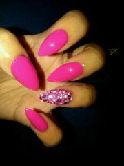 love bang nails
