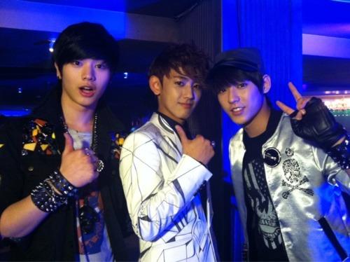 120608 BTOB SungJae & MinHyuk w/ MYNAME's Seyong