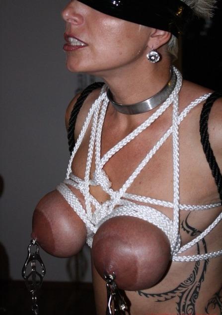 Restraints On Nipples-3583