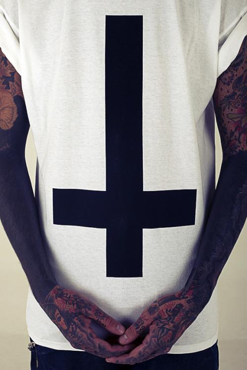upside-cross