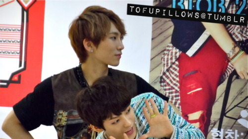 Eunkwang at BTOB fansign in Jongno.please do not edit, crop or remove watermark