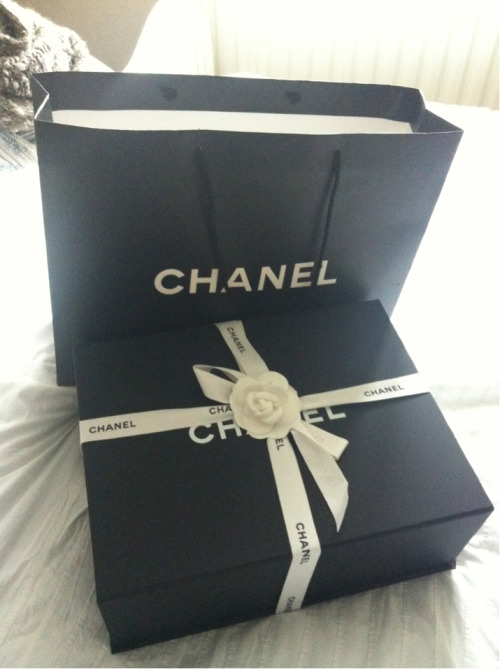 Love Fashion Chanel Designer Box Wrapping Timeless Classic
