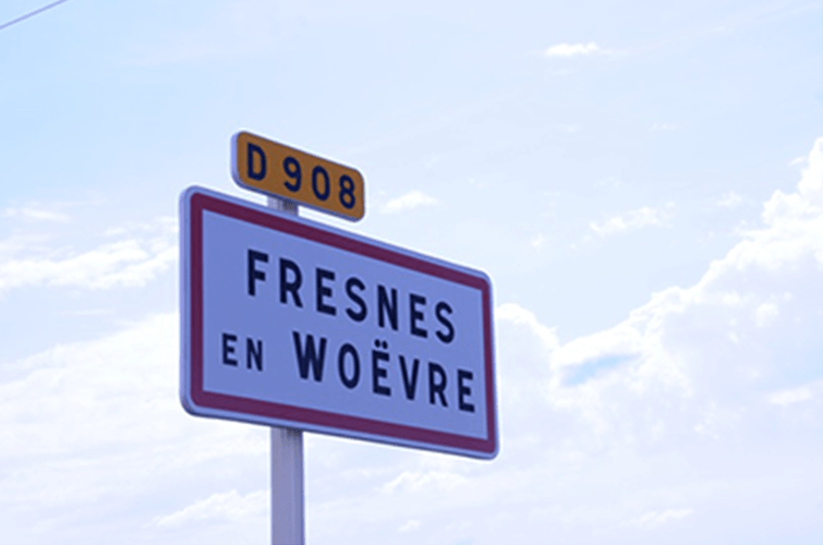 459a. Road sign directing travelers to Fresens-en-Woever and Commerece on N408 between Verdun and Metz France. Today this is the intersection of D903 and D908