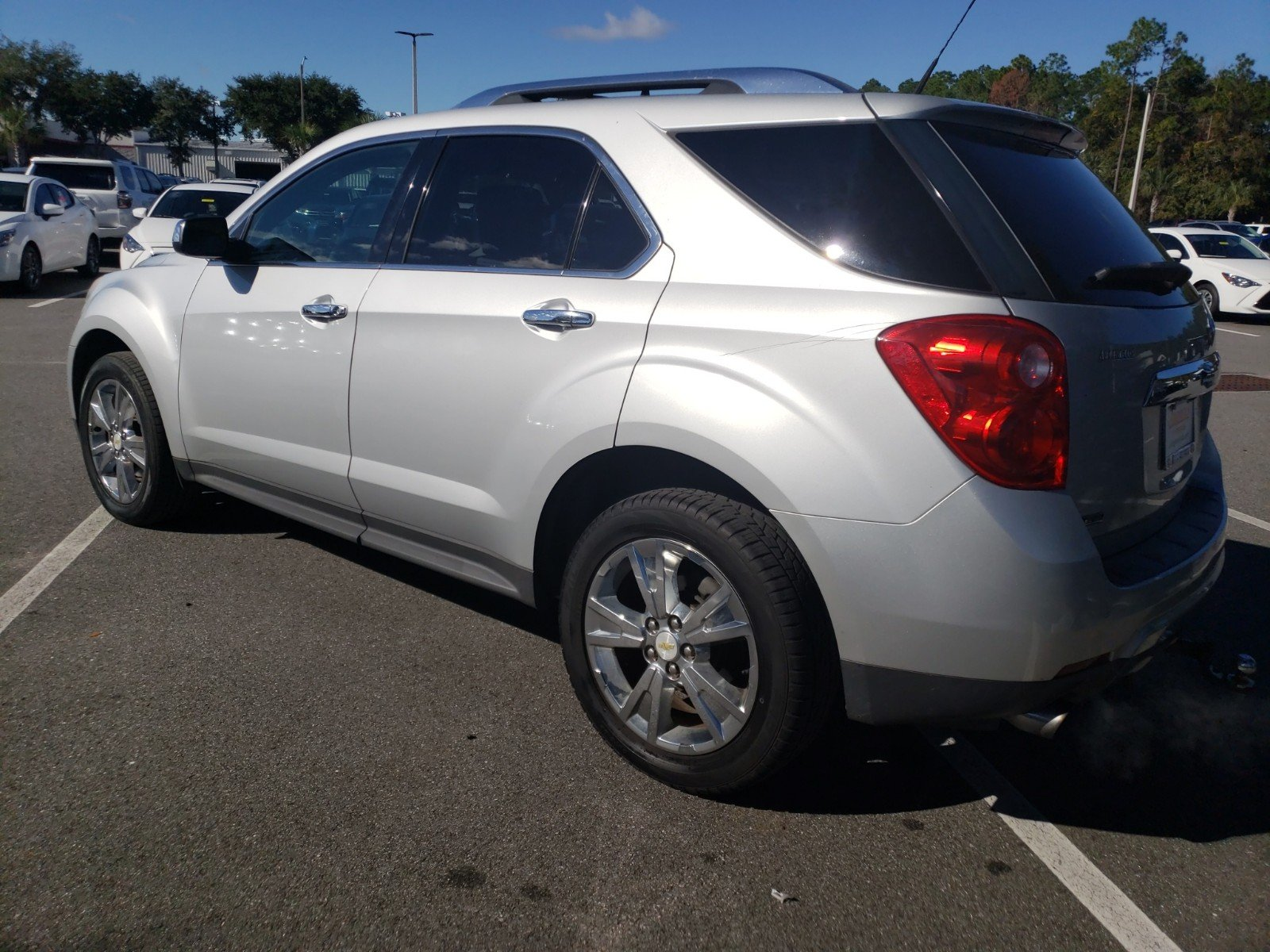 hight resolution of pre owned 2011 chevrolet equinox ltz