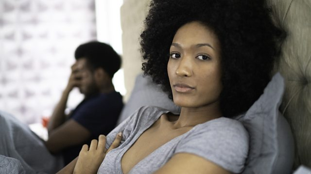 Signs your girl has lost interest in the relationship
