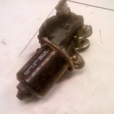 849200-0951 Ruitewisser motor Mazda 323 f