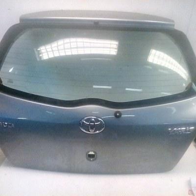 Achterklep Toyota Yaris 2 SCP90L Kleur 1F8
