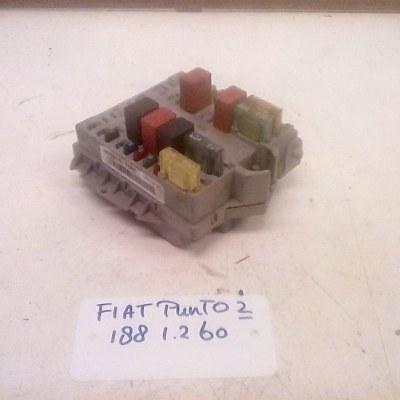 46766767FIRE Zekeringkast Fiat Punto 188