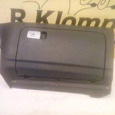 1K1.857.290 Dashboardkast Volkswagen Golf 5 (2008)