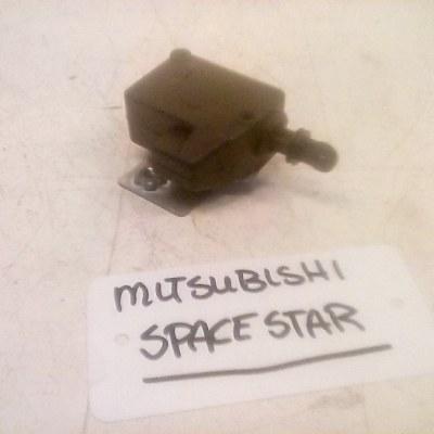CV Motor Achterklep Mitsubishi Space Star 1999/2002