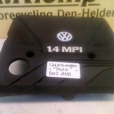 030 129 607 AG Luchtfilterhuis Volkswagen Polo 6N2 1.4 AUD (2001)