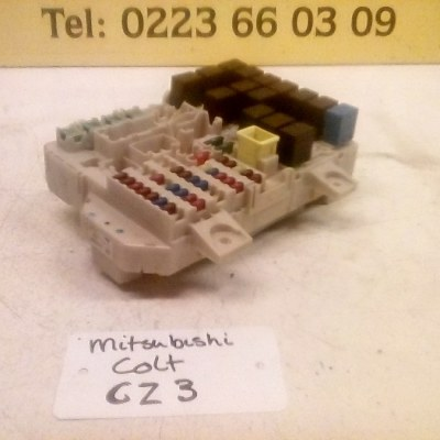0116 9D17/8565A174 AD Zekeringkast Mitsubishi Colt CZ3 (2009)