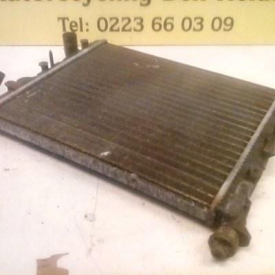 8200125767 Koelradiateur Renault Clio 2 1.2 16V 2003