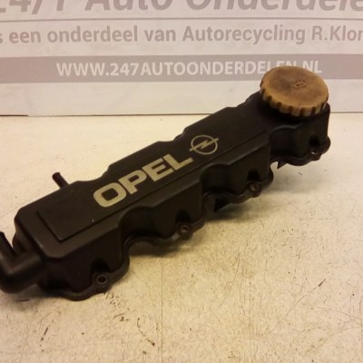 90 411 272 Kleppendeksel Opel Astra G X16SZ 1998/2002