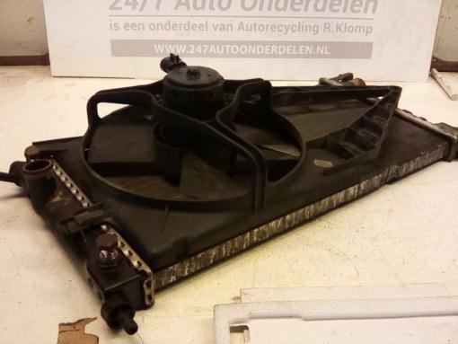 90 410 048 Koelradiateur Opel Corsa B X14SZ Automaat