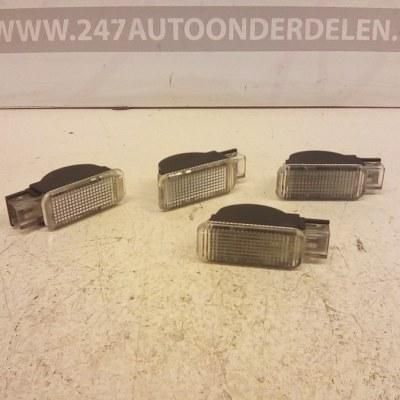 3B0 947 415 B Instap Verlichting Volkswagen Passat 3B3 2000-2005