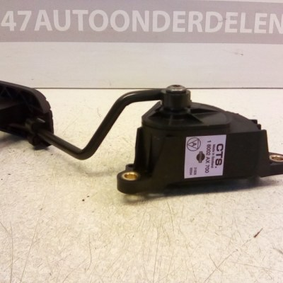 18002 AX700 Gaspedaal Nissan Micra K12 CR14 Automaat